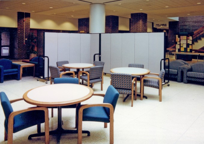 Versatile Portable Dividers in the Student Union