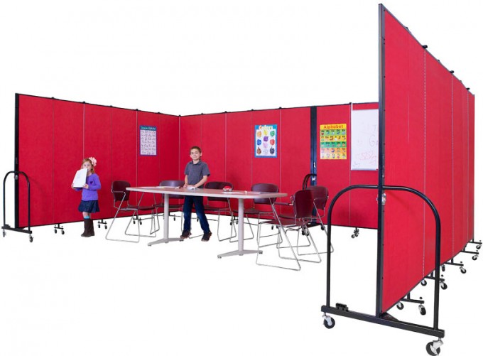 Preschool Room Divider with Students