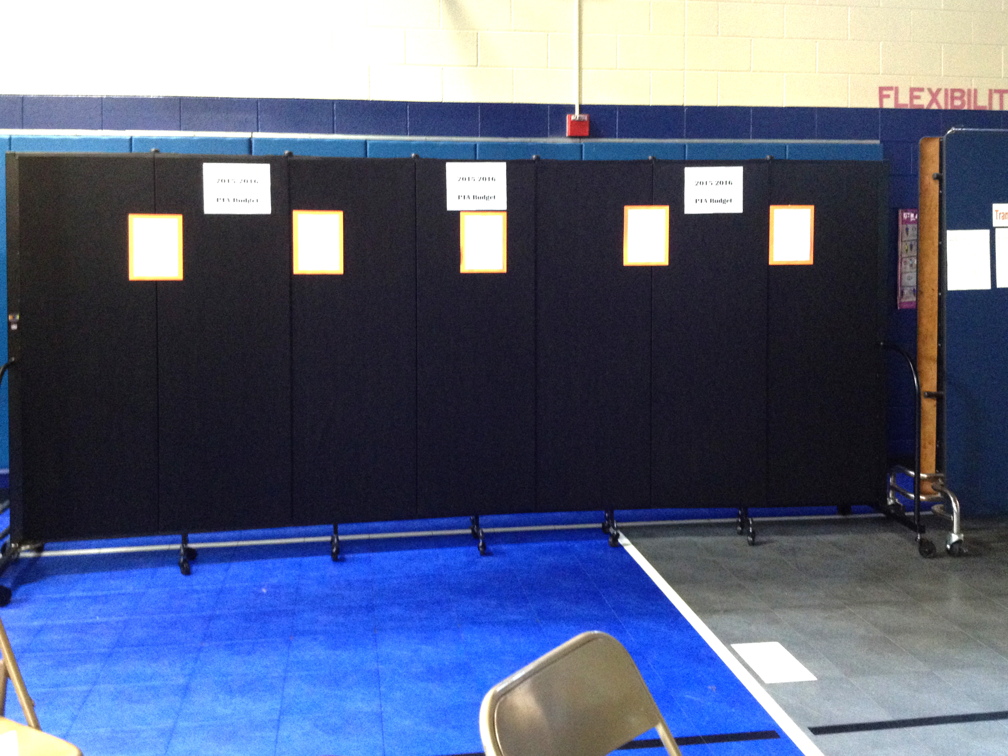 School testimony on how they use room dividers as display boards